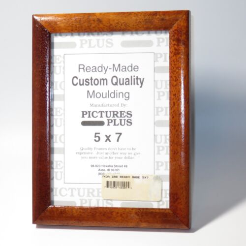 Vintage Hawaiian Koa Wood Picture frame 5x7 size Preowned chip and scratch