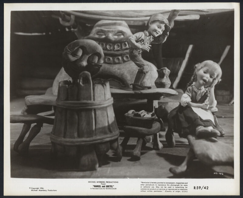 Hansel And Gretel '59 PUPPETS STOP MOTION ANIMATION RESTING BENCH FAIRY TALE