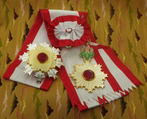 JAPANESE ORDER OF THE RISING SUN One set with SASH