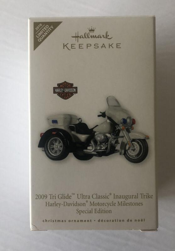 HALLMARK HARLEY-DAVIDSON 2009 TRI GLIDE ULTRA INAGURAL TRIKE MOTORCYCLE ORNAMENT