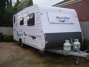 """BARGAIN MUST SELL 2012 Royal flair caravan 18 .6"""" Designer series"""