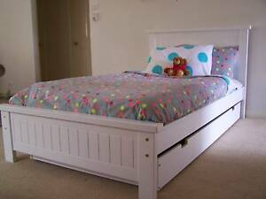 KING SINGLE BED & SINGLE TRUNDLE - AUSTRALIAN MADE - WHITE Melbourne Region Preview