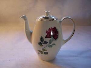 Alfred Meakin Red Rose Coffee or Teapot CAN POST Shabby Chic Wynyard Waratah Area Preview