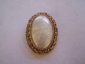 Large Vintage Brooch Shabby Chic CAN POST Wynyard Waratah Area Preview