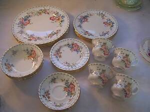 Royal Albert Constance 24pce Dinner Set for 4 Trios Plates Bowl Wynyard Waratah Area Preview