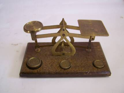 OLD Small Jewellers Scales CAN POST Man Cave