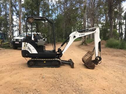 Excavator Bobcat 324