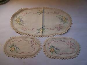 Hand Embroidered Duchess Set Shabby Chic Will Post Wynyard Waratah Area Preview