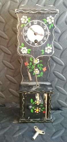 German Cuckoo Clock Mfg Co Pendulum Grandfather Mini Hand Carved Painted Wind up
