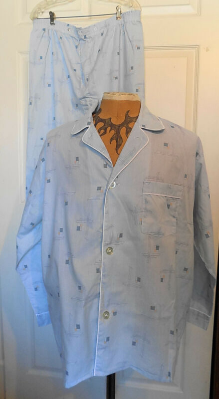 Vintage Pleetway Blue Cotton Retro Print Pajamas Large