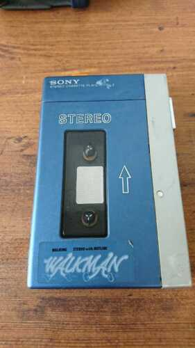 SONY Walkman TPS-L2 Cassette Player Stereo First Generation Maintained 1970