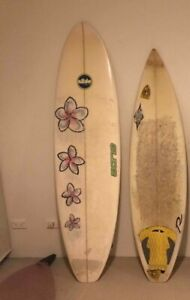 2 surfboards - Mini Mal and old thruster