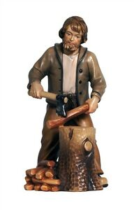 Woodcutter-statue-wood-carving-for-Nativity-set-mod-912