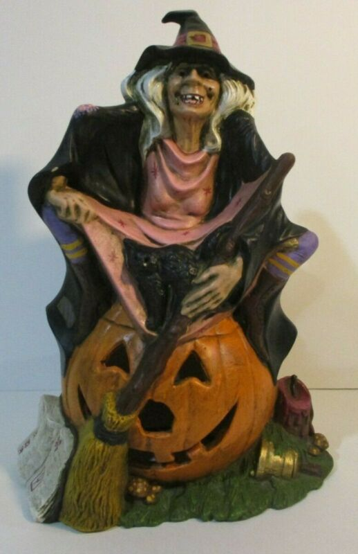 """VTG 1972 CERAMIC WITCH WITH CAT ON PUMPKIN BYRON MOLDS 12x8"""" HALLOWEEN"""