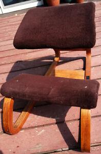 Vtg Mid Century Ergonomic Bentwood Kneeling Posture Knee Chair