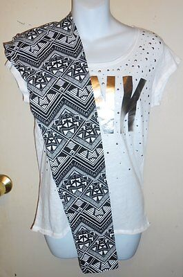 Victoria's Secret Pink Aztec Fashion Leggings + Embellished Logo T-Shirt XS NWT