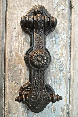 SUPERB SOLID CAST IRON GOTHIC REVIVAL STYLE DOOR KNOCKER WH22
