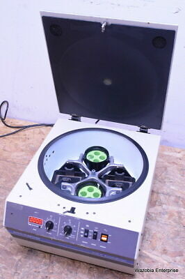 Beckman Model Gs-6 Centrifuge With Buckets And Rotor