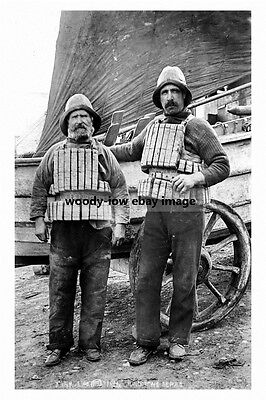 pt2210 - Filey Lifeboat Men , Yorkshire - photograph 6x4