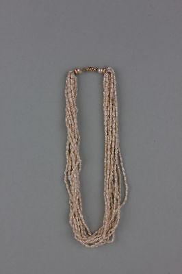 10-reihige Biwaperlen-Kette mit Goldverschluss