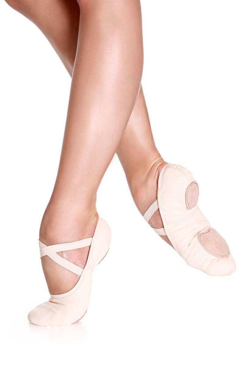Danzcue Women s Canvas Split Sole Ballet Slipper Size 8M fits Size 7M  - $13.99