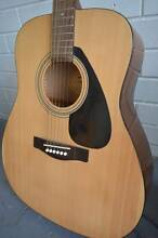 AWESOME Yamaha F310P Acoustic Guitar (As New) PLUS BAG Runaway Bay Gold Coast North Preview
