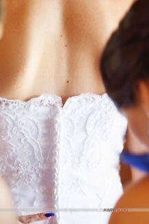 "CLEARANCE ""SUGAR AND SPICE"" PRINCESS CUT WEDDING DRESS SIZE 10-12"