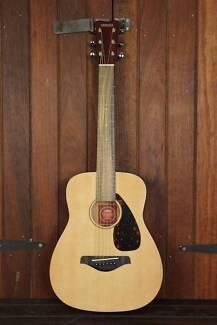 Yamaha JR2 Mini Steel String Acoustic Guitar