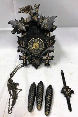 VINTAGE TRADITIONAL GERMAN BLACK FOREST BIRD FLORAL CUCKOO CLOCK Works Great!