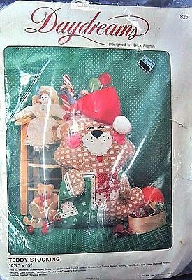 Daydreams 'Teddy Stocking' by Dick Martin Embroidery Holiday Craft Kit NIP 1984