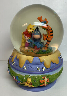 Disney Winnie the Pooh Tigger Piglet Eeyore Honey Pot Snow Water Globe Hallmark