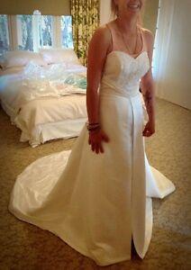 New wedding dress size 12, 14, 16 Dubbo Dubbo Area Preview