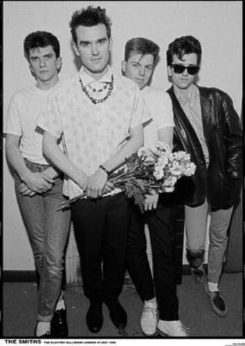 THE SMITHS GROUP PHOTO POSTER NEW  !