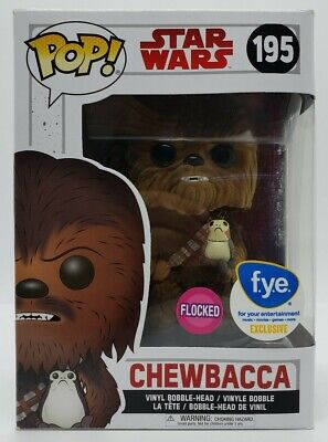 Funko POP! Star Wars FYE Exclusive Flocked Chewbacca #195 + Pop Protector