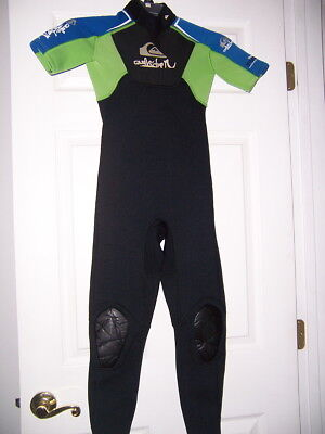 Quik Silver 2mm youth kids childs juniors short sleeve full WETSUIT 10 surf (2mm Junior Full Wetsuit)