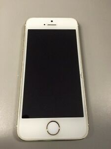 Gold Iphone 5s Cronulla Sutherland Area Preview