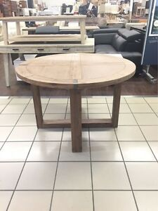 HARDWOOD TIMBER 120CM ROUND DINING TABLE Logan Central Logan Area Preview