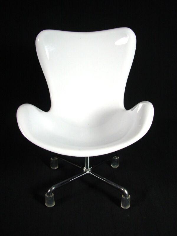 Miniature Sampler Egg Swan Chair Retro Design Modern Home Decor White