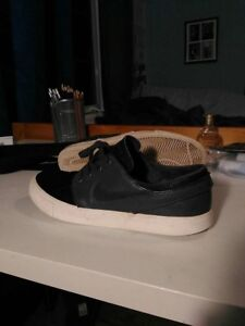 Nike janoski leather