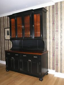 Hutch - Pick Up & Delivery (2 movers $70)