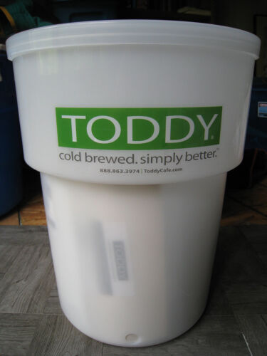 Toddy 5 Gallon Commercial Cold Brew System With Lift 975CMLTCM