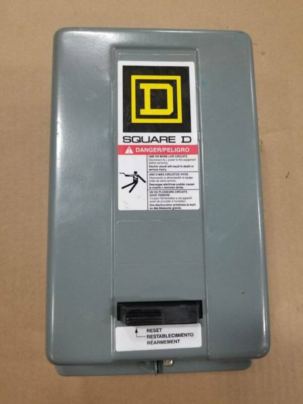 NEW SQUARE D 8536SDG12S ENCLOSURE MOTOR STARTER SIZE 00