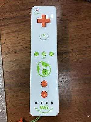 Nintendo Wii U and wii Remote Plus Controller - Yoshi Edition Limited Edition