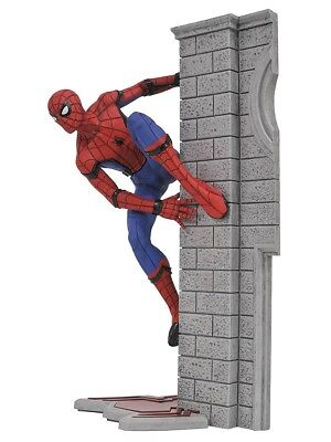 Diamond Select Marvel Gallery - Spider-Man Homecoming PVC Figur