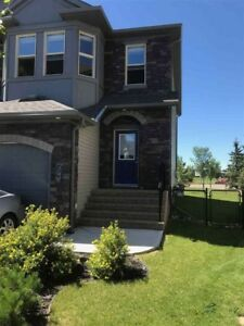 Sought after Greenbury neighbourhood in Spruce Grove!