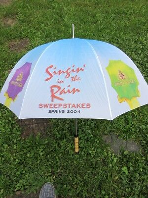 """2004 TRUMP PLAZA Casino Sweepstakes UMBRELLA 38"""" New with Tag"""