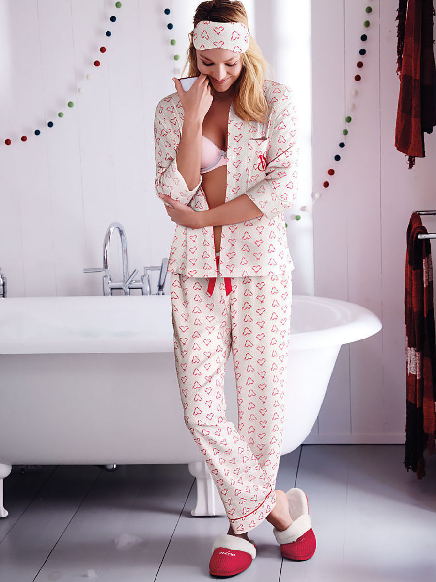 17 cute pajamas to wear this valentines day