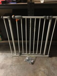 Baby Gate with Safety latch for sale