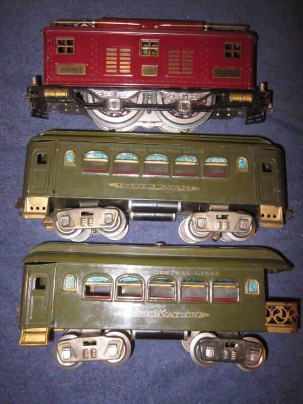 Lionel Prewar 8 Standard Gauge 0-4-0 Electric Locomotive w/35 36 Passenger Cars