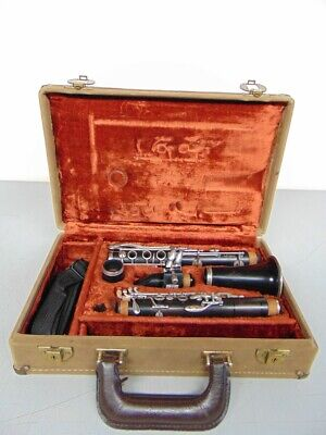 LEBLANC CLARINET WITH CASE AND MOUTHPIECE (MB1027072)